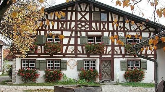 Bauernhofmuseum Illerbeueren 1